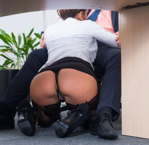 Julia Roca - Has Her Hairy Pussy Pounded in the Office (2016/SD)