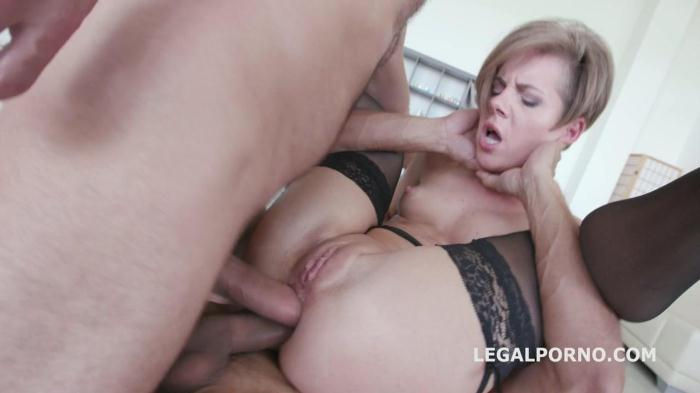 LegalPorno.com - Monsters of DAP with Anal Rose. Sasha Zima meets GG for the first time and she gets dapped GIO189 (Group sex) [SD, 480p]