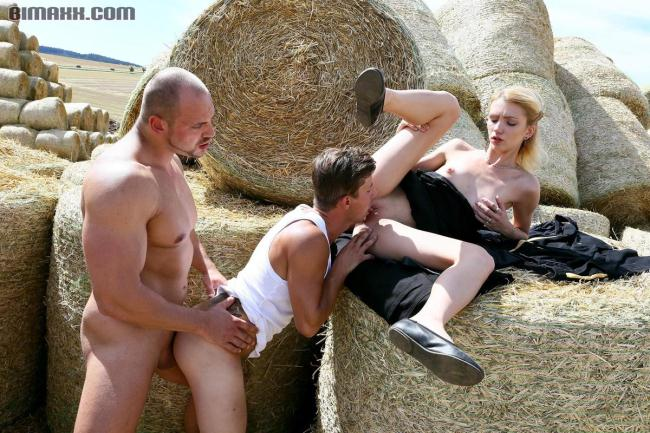Morning Bisexual Surprise on a Farm (B1M4xx) FullHD 1080p