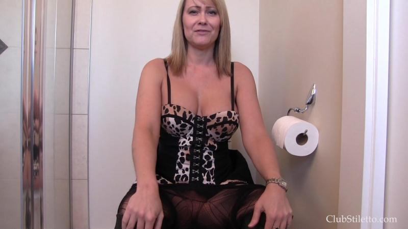 ClubStiletto.com: Short and Sweet Piss Compilation [FullHD] (196 MB)