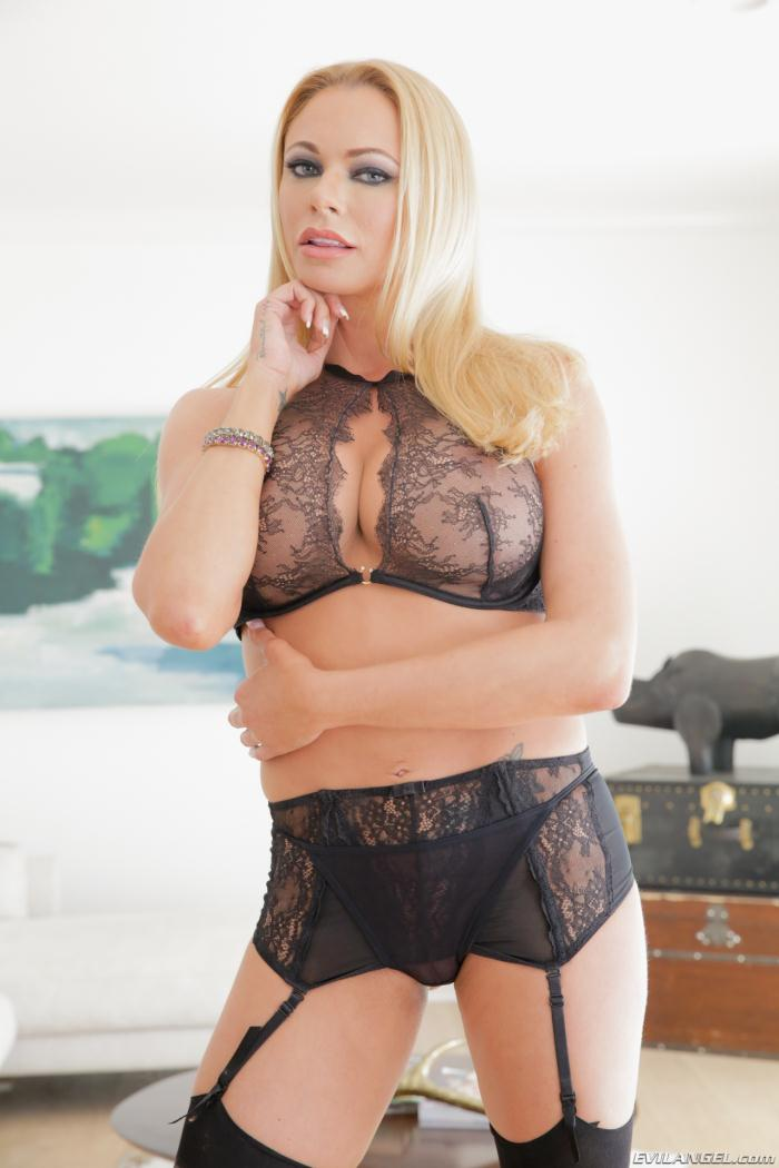 EvilAngel: Briana Banks - Dirty Talk 3, Scene 3  [HD 720p]