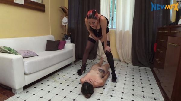 Lucy's scat slave - Lezdom (FullHD 1080p)