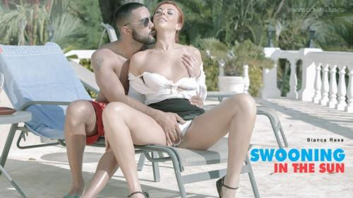 Swooning in the Sun [SD/480p/350 MB]