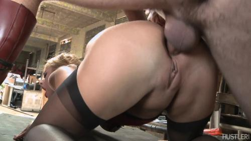 Hustl3r.com: Cathy Heaven - Bottoms Up! [SD] (596 MB)