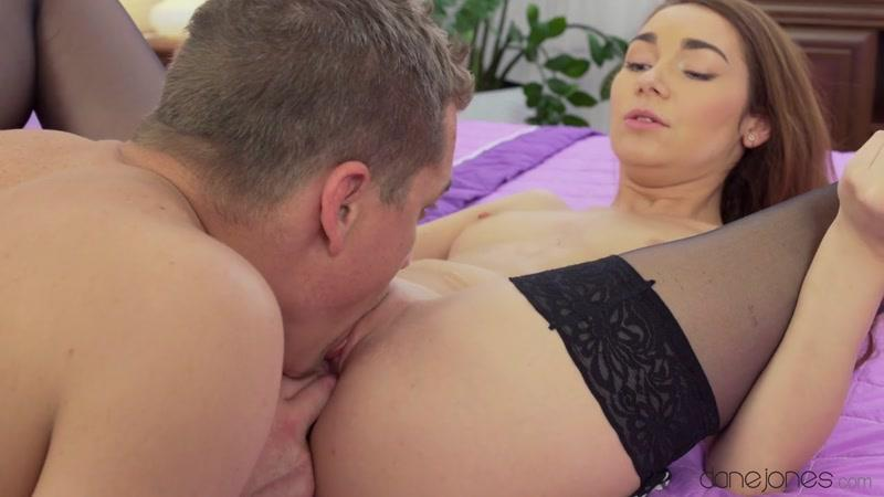 Stacy Snake - Precious Young Lust (28-06-2016) [D4n3J0n3s / HD]