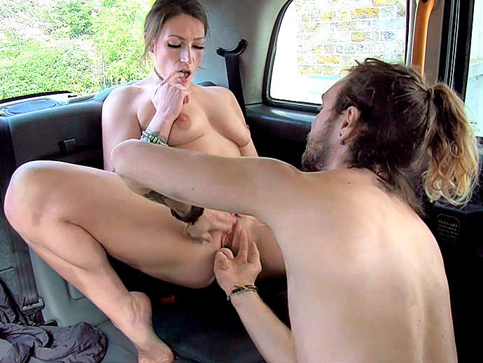 Ava (Sexy driver gets some student cock / 24.03.16) [FemaleFakeTaxi / SD]