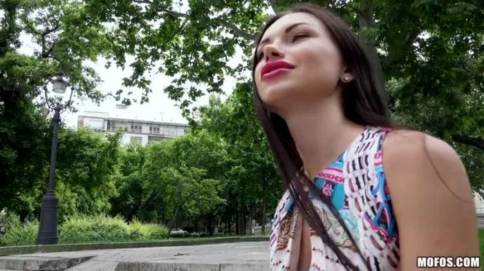Publ1cP1ckUps.com - Russian Brunette Fucks Outdoors (Teen) [SD, 480p]