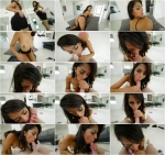 Sophia Leone - Handjob (20.06.2016) [SD/544p/MP4/272 MB]