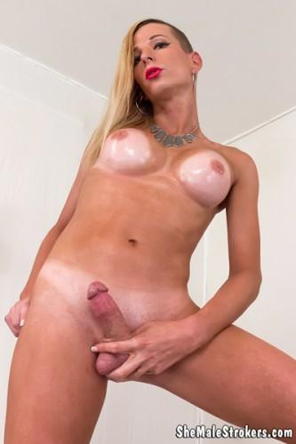 Jamie French - Blonde Trans Girl Of Your Dream Will Make You Cream! (Sh3M4l3Str0k3rs) FullHD 1080p