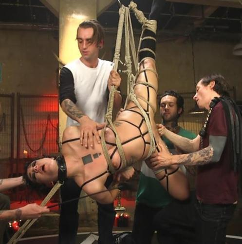 SCREAMER: Double Fucked Gangbang In Bondage And Full Suspension [SD, 540p] [H4rdc0r3G4ngB4ng.com] - BDSM
