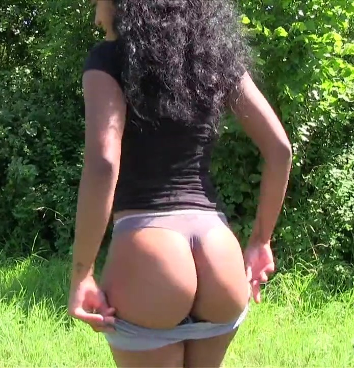 PublicAgent: Tomas, Noemilk - Tiny Waist Big Ass Fucked Outdoors  [HD 720p]  (Amateur, Public)