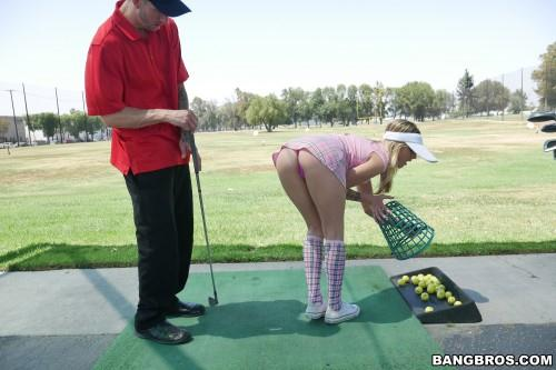 (Hardcore / MP4) Karla Kush sucks dick and at playing golf B4ngBr0s18.com - SD 480p