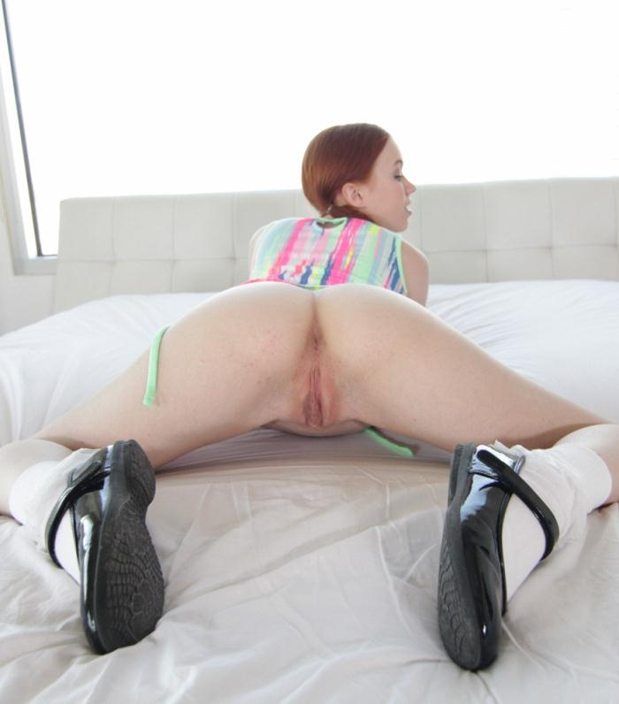 Tiny4k: Dolly Little - Redheaded Play Mate  [HD 720p]
