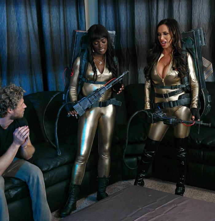 Brazzers: Abigail Mac, Ana Foxxx, Monique Alexander, Nikki Benz, Romi Rain - Ghostbusters XXX Parody: Part 2  [HD 720p]  (Threesome)
