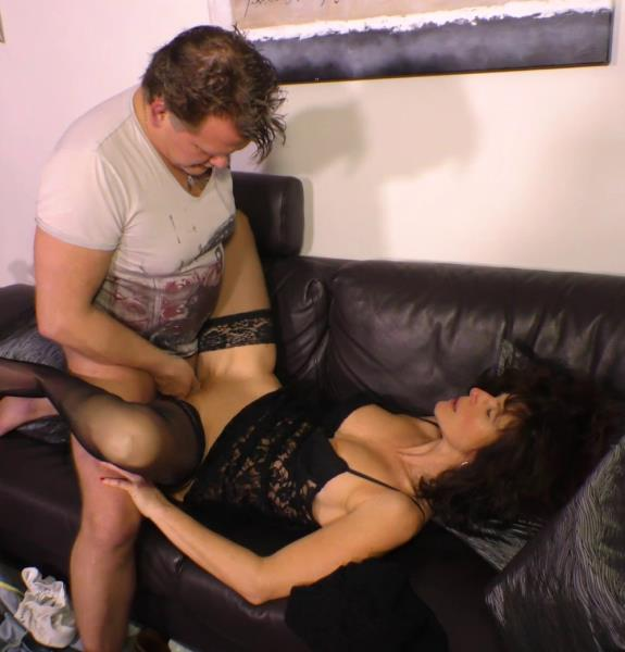 Elke S, Torsten S. - German porn with mature brunette hoe Elke S. 720p