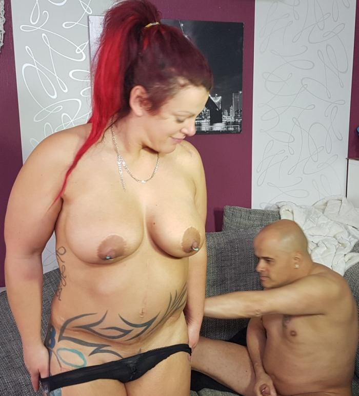 HausFrauFicken/PornDoePremium - Lea Luestern [Chubby amateur German housewife enjoys hardcore sex session] (SD 480p)