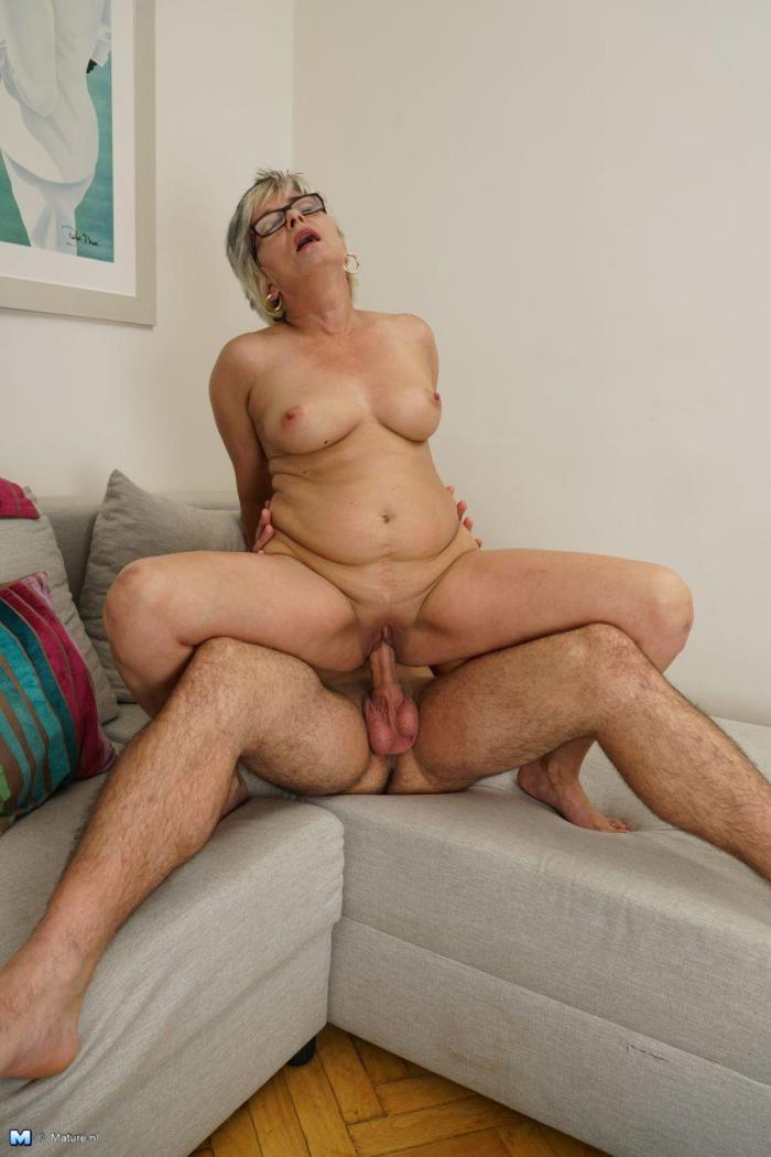 Mature.nl - Luciane (43) - Keep your eyes open for this naughty housewife, who loves having hardcore sex with her lover! NEW!!! 23-07-2016 [HD 720p]