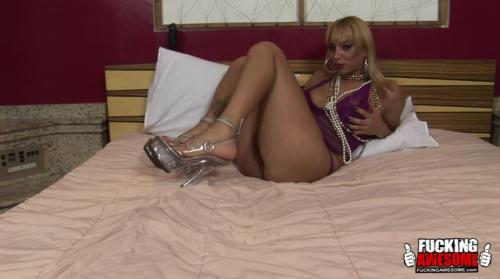 Walkiria Drumond - Solo Trannies (SoloTrannies) SD 480p
