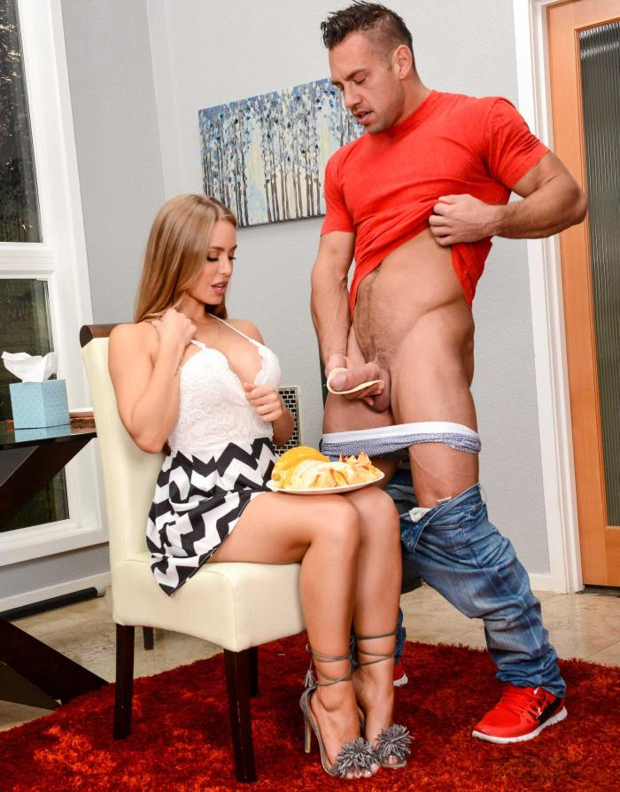 Naughtyamerica - Nicole Aniston - Big Fake Tits [HD 720p]