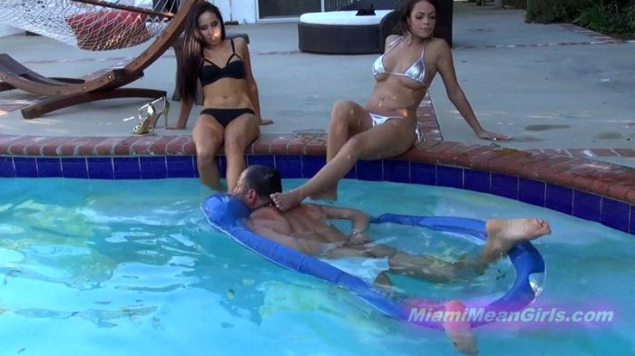 Princesses Bella and Beverly - Underwater Foot Rest (JUNE 2016) [FullHD/1080p/MP4/681 MB] by XnotX