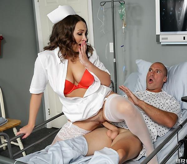 Lily Love - Perks Of Being A Nurse [SD 480p] Doctor Porn/Brazzers