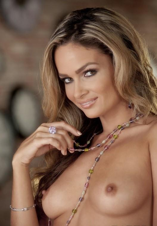 Babes: Prinzzess - The Muse  [FullHD 1080p] (752 MiB)