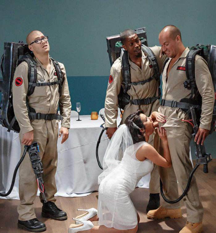 ZZS - Veronica Avluv - Ghostbusters XXX Parody: Part 3  [HD 720p]