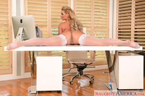 MyFr13ndsH0tG1rl.com [Phoenix Marie - Anal Sex] SD, 360p