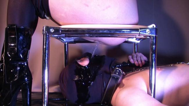 Jenny humiliated and pissed on her slave - Toilet Slave - Femdom (Scat Porn) FullHD 1080p