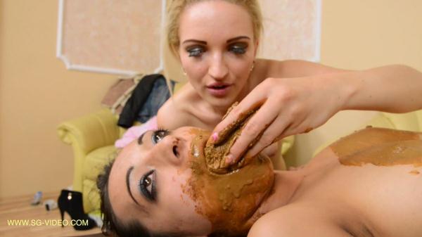 Lesbian Scat Swallow Young Girls (FullHD 1080p)