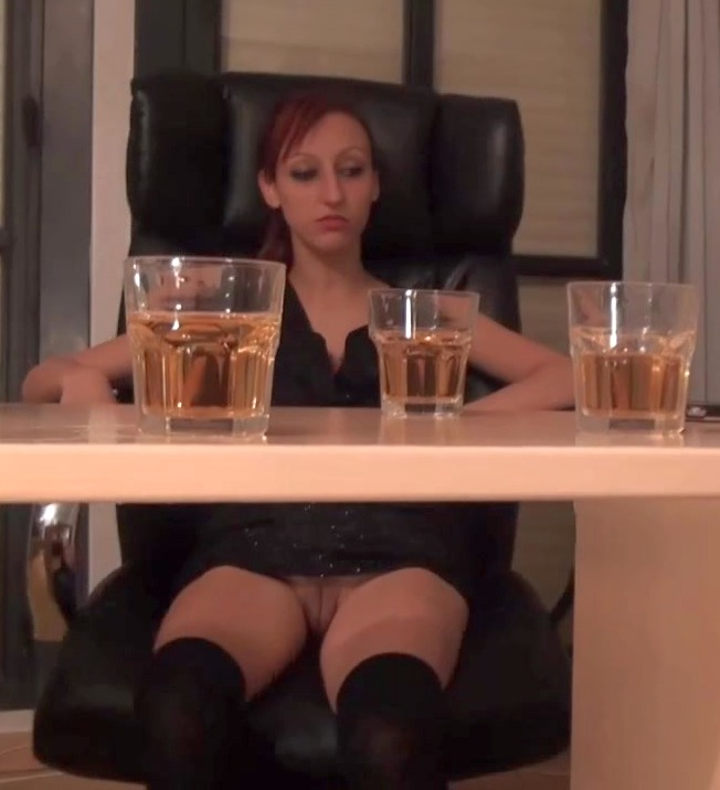 Fakings: Jordana,Jordi el nino polla, - Follando a traicion a Jordana. La unica forma de que Julio fornicara con ella ha sido haciendola beber  [HD 720p] (661 MiB)