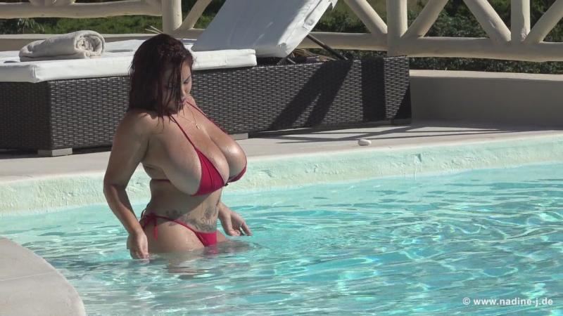 Nadine - Issy - Heating the Pool [HD 720p]