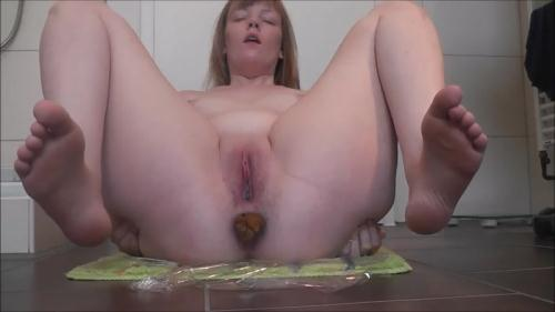 Scat [Pregnant shitting in the fifth month - Solo] FullHD, 1080p
