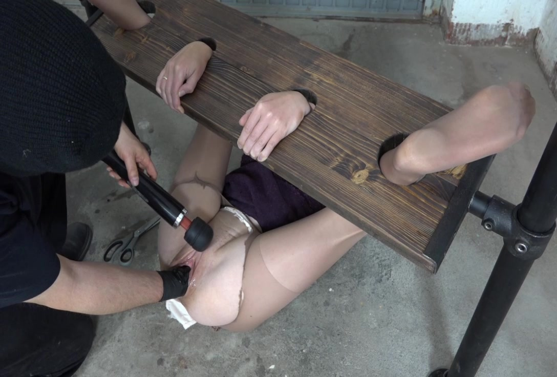 Amateur - Fisting orgasms in bondage [HD 736p] Sicflics.com
