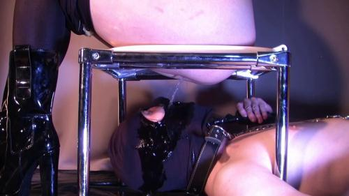 Scat [Jenny humiliated and pissed on her slave - Toilet Slave - Femdom] FullHD, 1080p