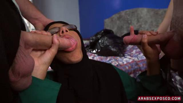 Desperate Arab Woman Victoria Valencia Fucks For Money [ArabsExposed / SD]