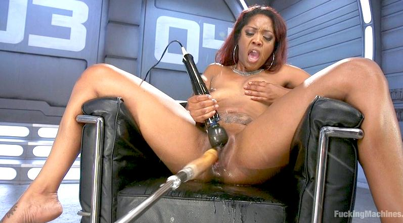 Lotus Lain (Ebony Squirt Slut Soaks Fucking Machines with Her Cum Love / 06-07-2016) [FuckingMachines, K1nk / HD]