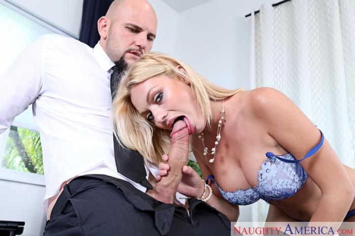 Office Porn - Inga Victoria - Medium Natural Tits  [HD 720p]