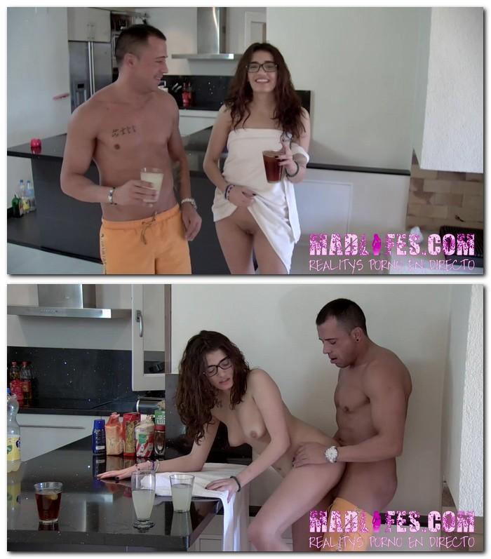 MadliFes: Salva da Silva, Penelope Cum - Follada de Salva da Silva a Penelope Cum en la cocina con mamada incluida  [HD 720p]  (Spanish porn)