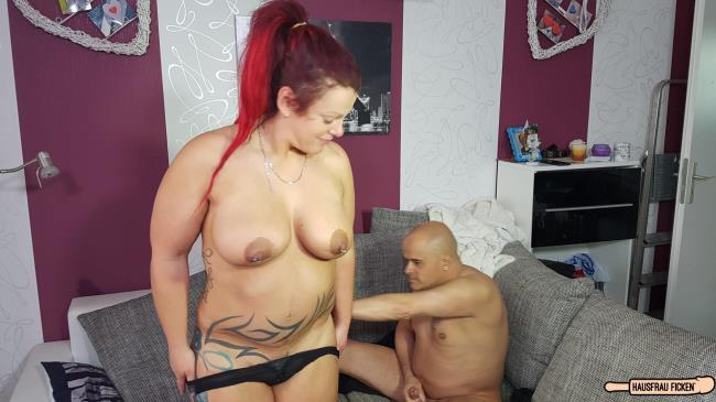 Hausfrau Porn: Lea Luestern - Chubby amateur German housewife enjoys hardcore sex session (HD/2016)