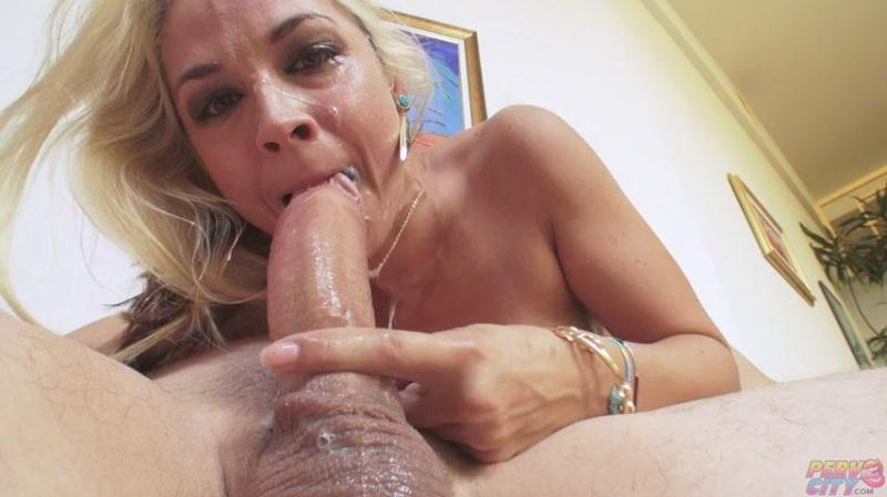 P3rvc1ty.com: Sarah Vandella Swallows a Big Cock [SD] (436 MB)