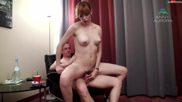AnnyAurora - Vom BOSS zum Sex GEBRACHT [HD 720p] MDH