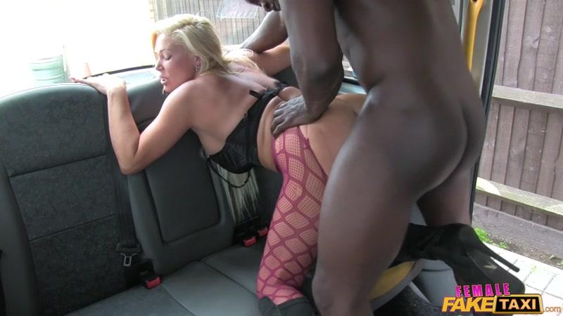 FemaleF4k3T4x1.com: Aaliyah Ca Pelle - Big Black Cock Makes Cabbie Cum [SD] (423 MB)