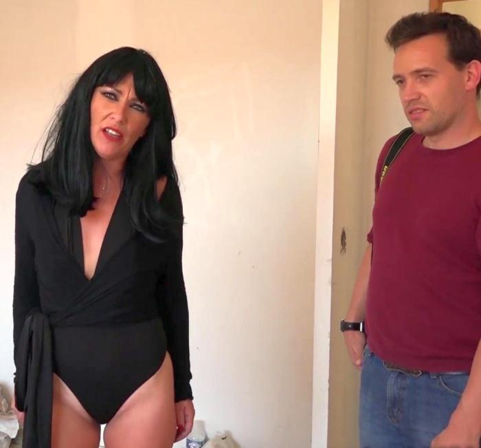 JacquieEtMichelTV: Lola - Lola, 30ans, cougar tres deluree !  [FullHD 1080p]  (French)