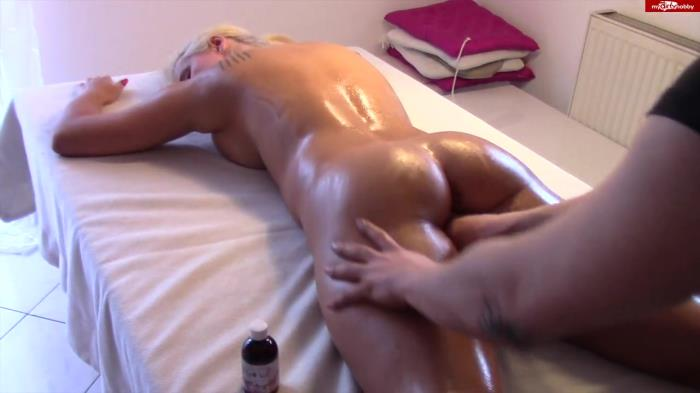 Fitness-Maus - OLIGES SPORT-LUDER durchgefickt! ANAL AO 02.12.15 [HD 720p] MDH
