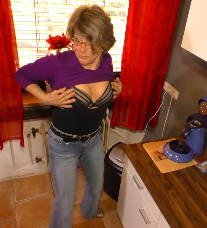 HausFrauFicken/PornDoePremium - Martin J, Katey [Mature German housewife gets cum on tits in hardcore sex session] (SD 480p)