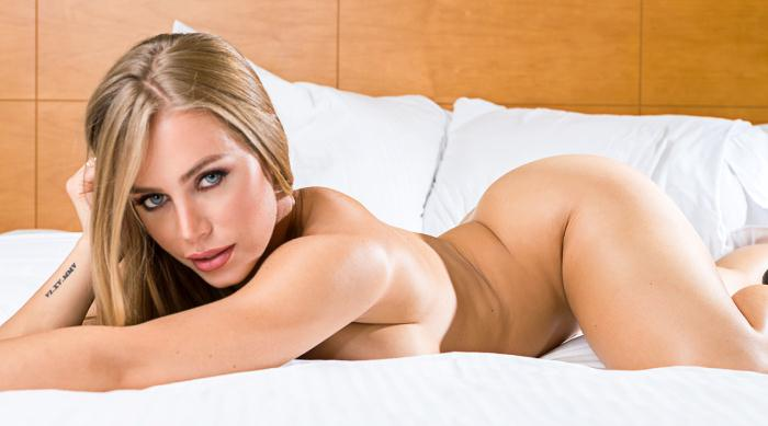 TonightsGirlfriend: Nicole Aniston - Big Tits Porn  [HD 720p]