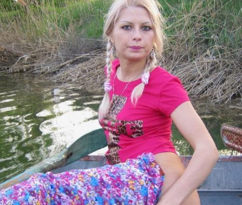 Laura - Boating, Amateur Fucking And Role Games (2013/SD)