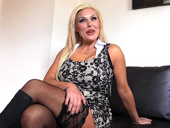 Aaliyah Ca Pelle (Hardcore Porn Interests Sexy Blonde MILF / 20.07.16) [FakeAgentUK / SD]