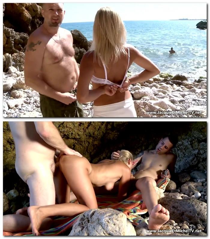 JacquieEtMichelTV: Tamara - Tamara prise en double sur la plage!  [HD 720p]  (French)